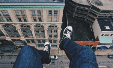 Researchers Develop A New Virtual Reality App That Can Help Overcome Fear of Heights